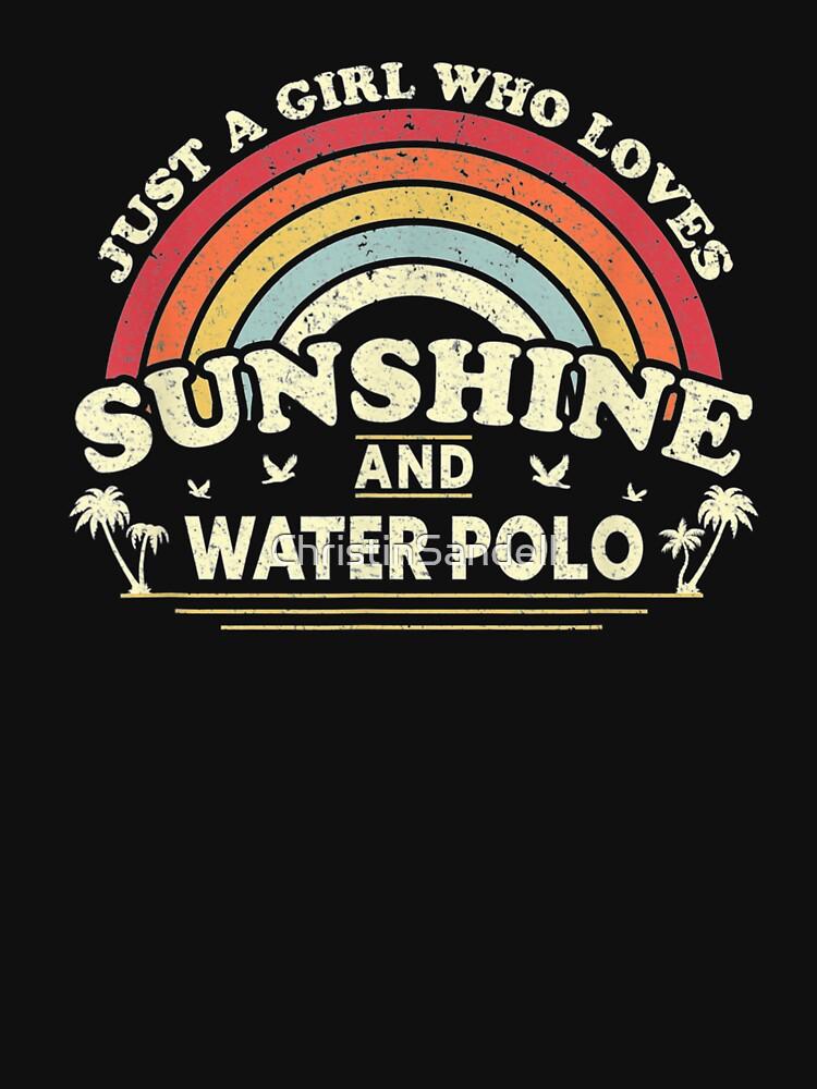 «Water polo. Une fille qui aime le soleil et le water-polo» par ChristinSandell