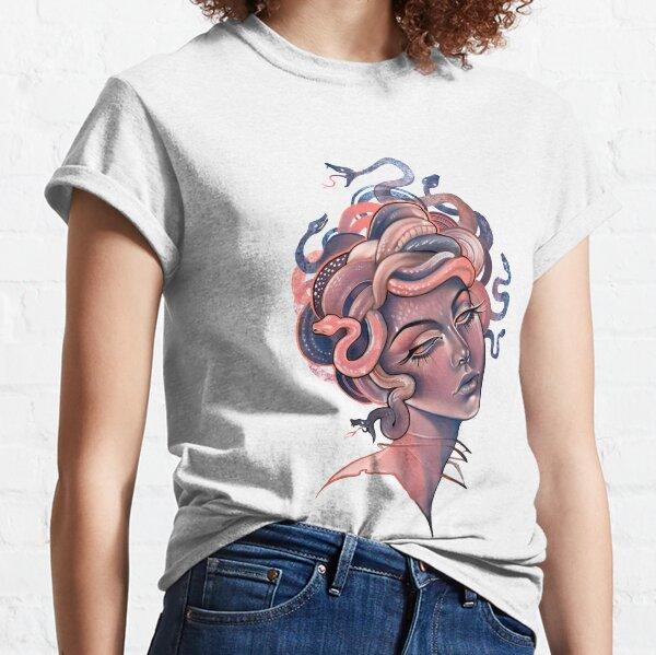 Korallen- und blaues Medusenporträt Classic T-Shirt