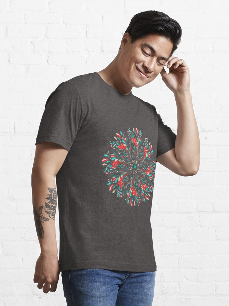 Vista alternativa de Camiseta esencial Mandala Flowers