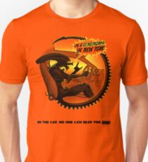 In the car no one can hear you sing. T-Shirt