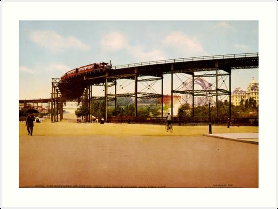 «Elevated Train at 110th Street NYC Photo-Print» de BravuraMedia