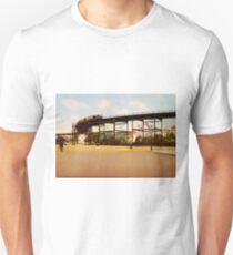 Camiseta unisex Elevated Train at 110th Street NYC Photo-Print