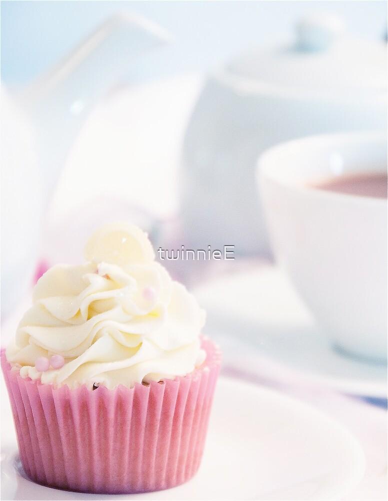 High Tea by twinnieE