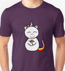 unicorn loves donuts Unisex T-Shirt
