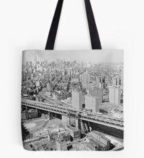 Bolsa de tela Manhattan Black and White Photograph