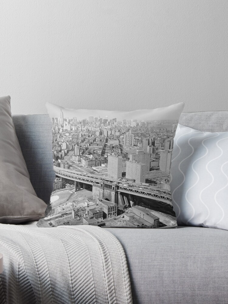 «Manhattan Black and White Photograph» de BravuraMedia