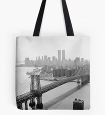 Bolsa de tela Photograph of NYC and The Williamsburg Bridge