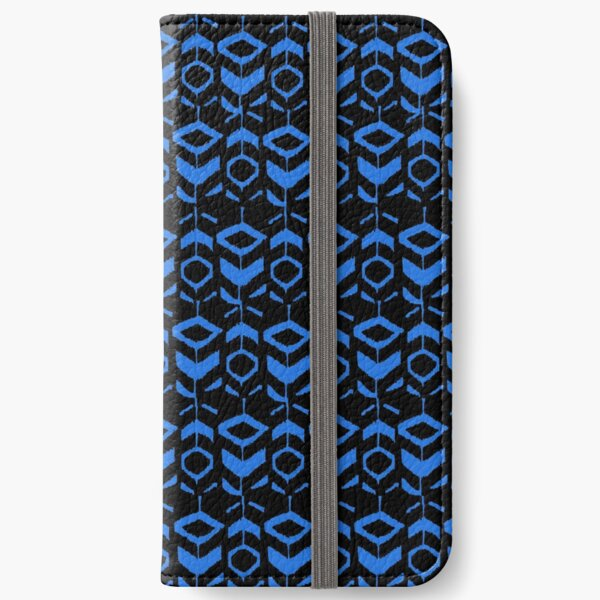 Blue flower pattern with black background iPhone Wallet