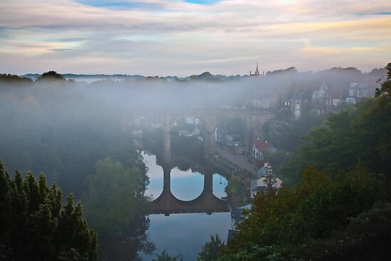 Early morning mist over the river by Dave Milnes