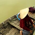 An old Vietnamese lady by mojgan