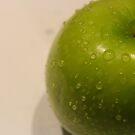 Green Apple by co0kiem0nster