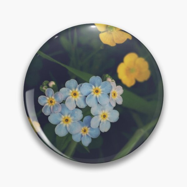 Forget-Me-Not heart in a Scottish Summer Meadow Pin