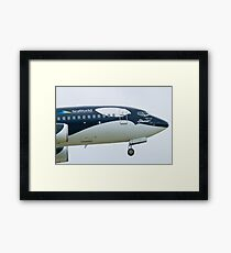 N715SW Southwest Airlines Shamu Boeing 737-7H4 Nose Framed Print