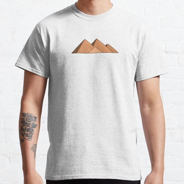 The Pyramids of Giza: 7 Wonders of the World Classic T-Shirt