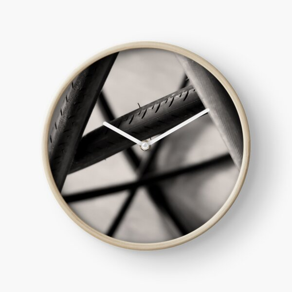 Going in circles Clock