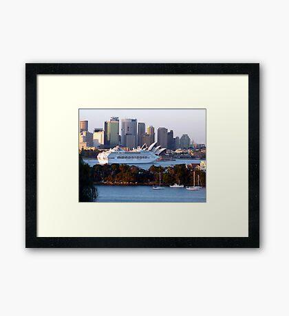 SYDNEY HABOUR  AUSTRALIA Framed Print