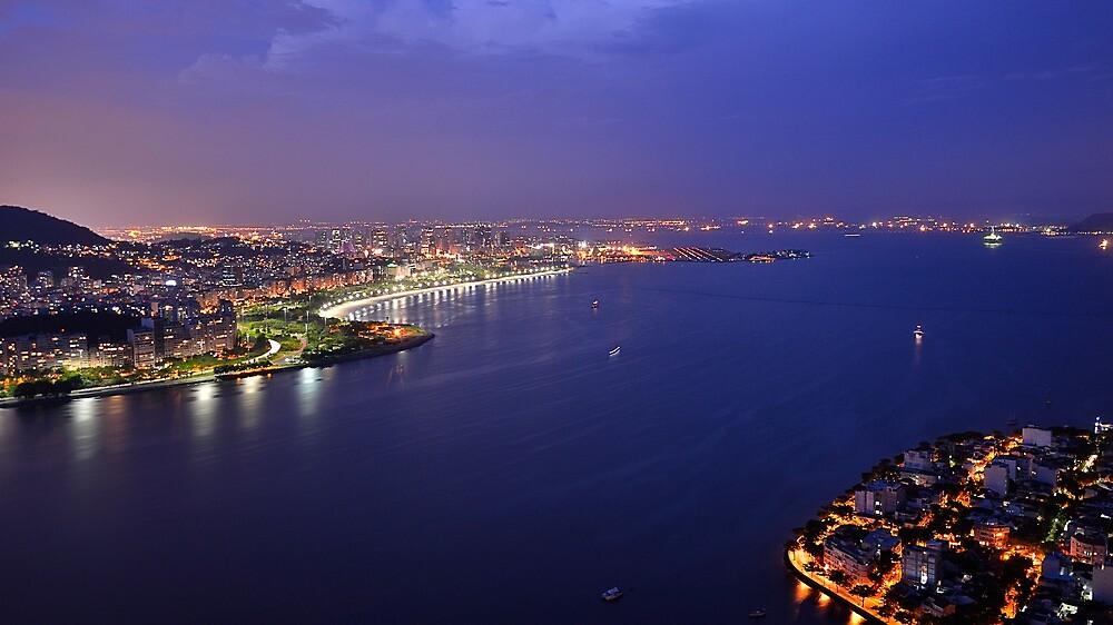 Rio de Janeiro at blue hour by Andrea Rapisarda