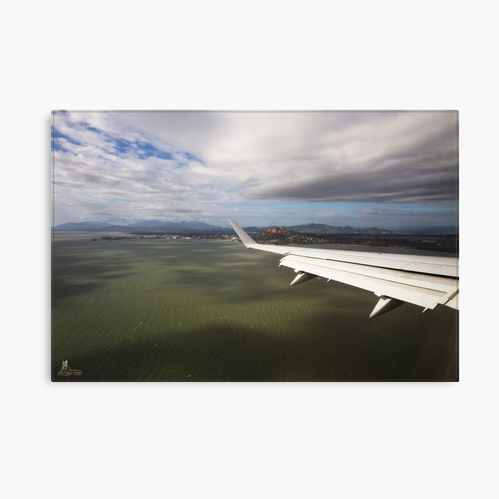 Coming in to land @ Tsv by Jet Canvas Print
