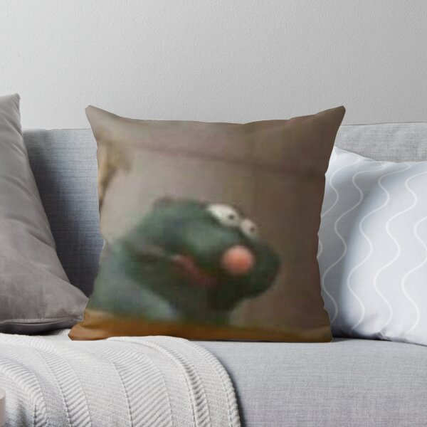 remy ratatouille meme Throw Pillow
