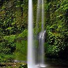 Singanggila waterfall by Adri  Padmos