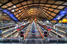 Southern Cross Station by Alex Stojan