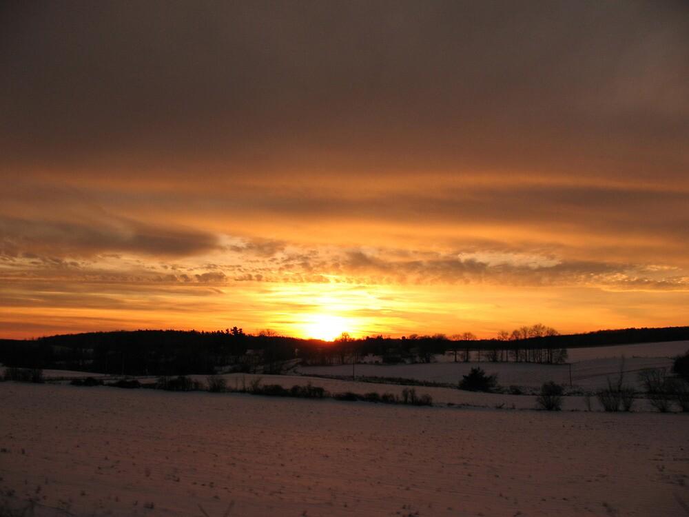 Winter Morning Sky by nikspix