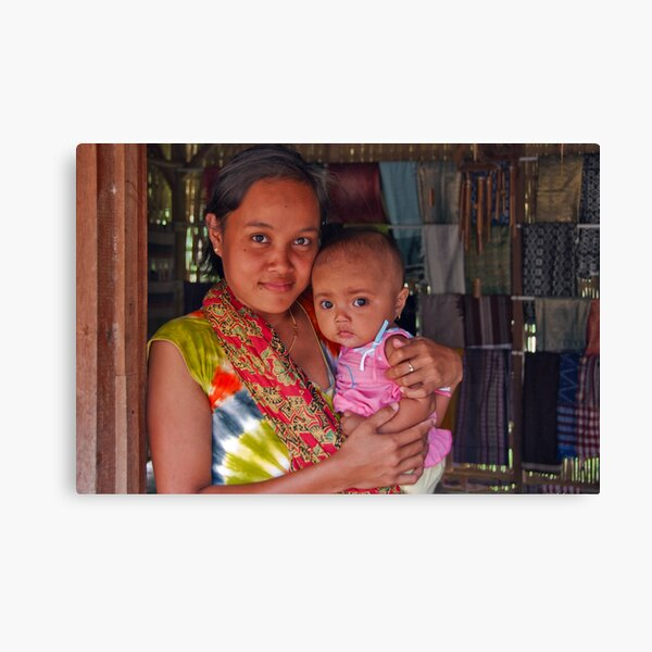 The sarong saleswoman and her baby Canvas Print