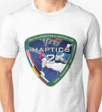 Haptics-2 Zweiter Versuch mit Kimiya Yui Logo Slim Fit T-Shirt