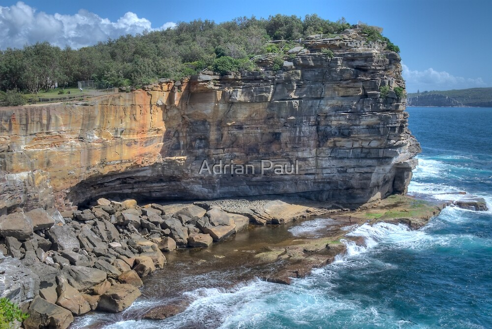 For those who want to temper the adventure of a gap year with the ease of modern conveniences and English-speaking locals, Sydney is the quintessential choice. The city strikes the perfect balance of laid back beach culture, the rush of a big city, fine arts, nature, outdoor living, travel abroad and .