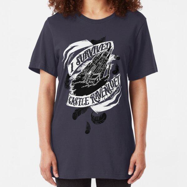"""""""Ich habe Castle Ravenloft überlebt"""" - Fluch von Strahd Slim Fit T-Shirt"""