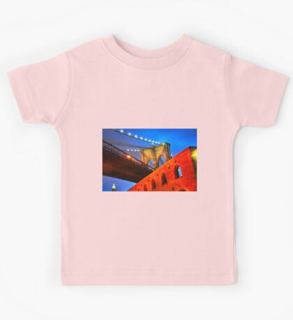 Brooklyn Bridge: NYC Kids Clothes