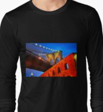 Brooklyn Bridge: NYC Long Sleeve T-Shirt
