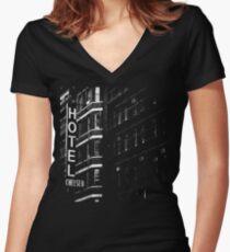 Hotel Chelsea #1 Shirt mit V-Ausschnitt