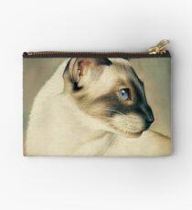 Siamese cat Studio Pouch