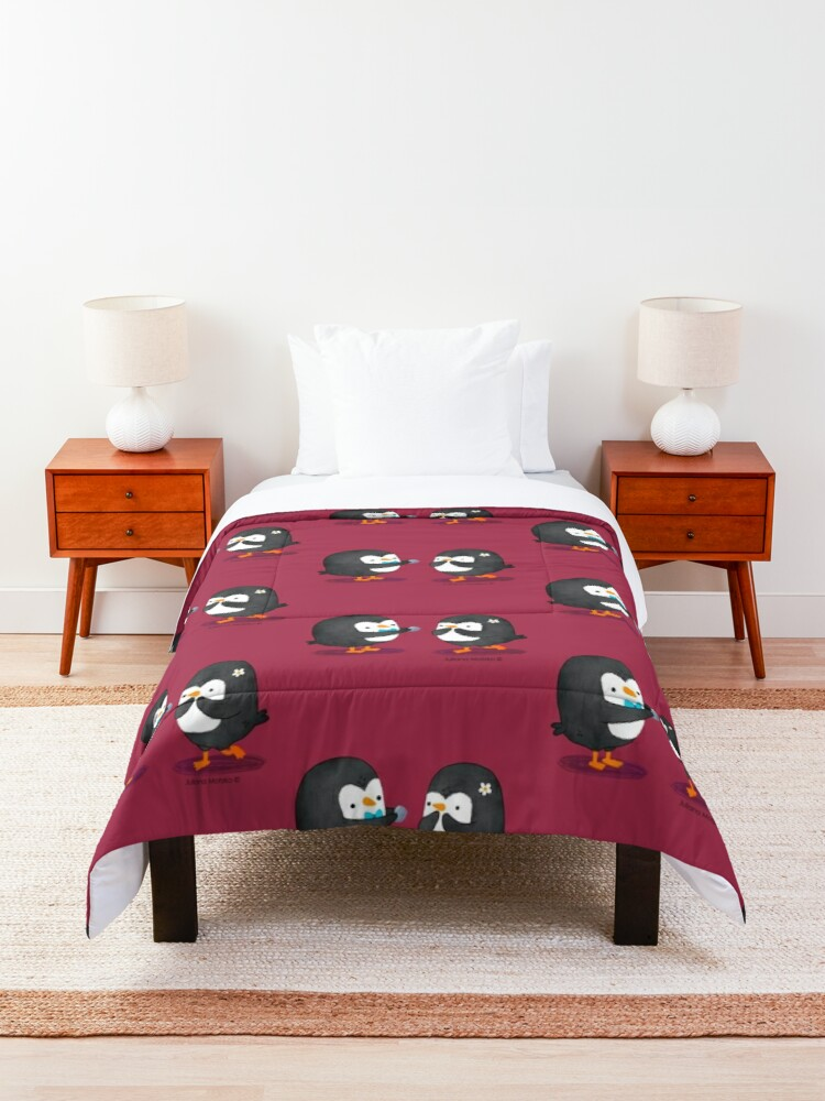Alternate view of Penguins Valentines Comforter