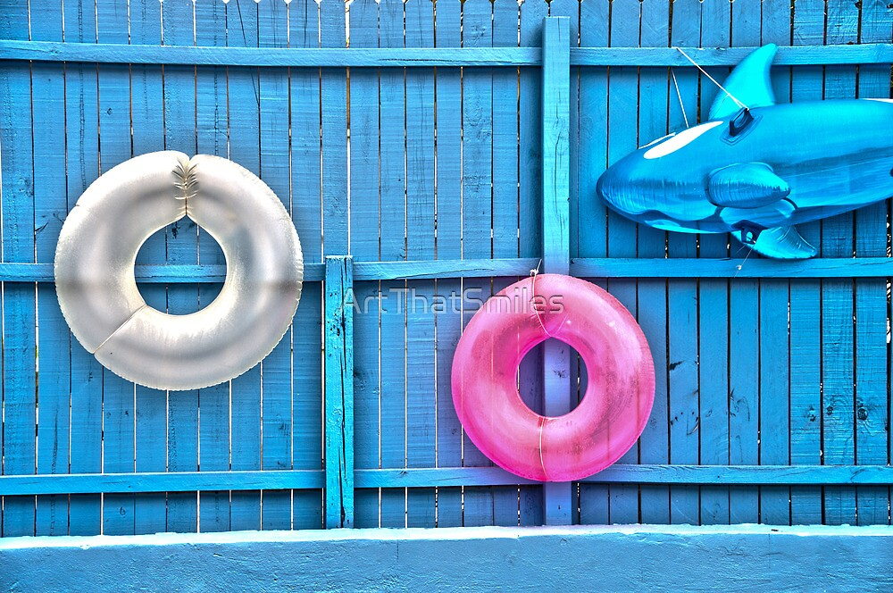 Floats On A Fence by ArtThatSmiles