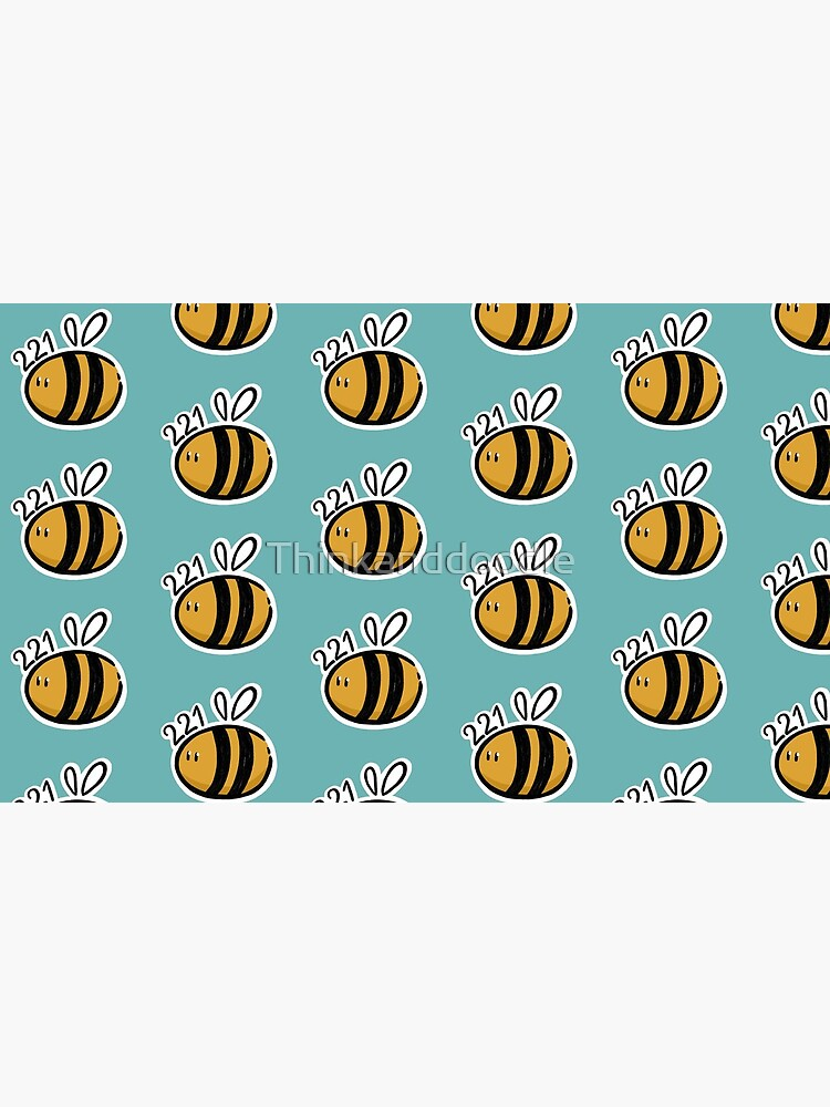 221 Bee by Thinkanddoodle