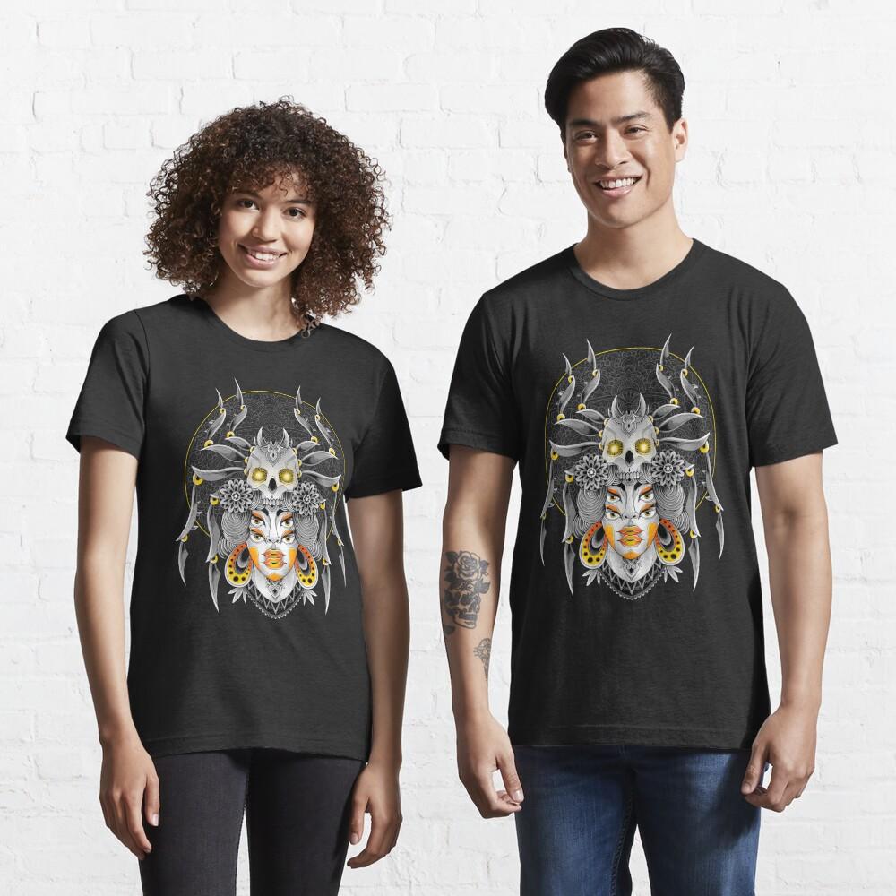 Spider Queen Essential T-Shirt