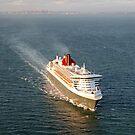 Queen Mary 2 - Port Phillip Bay by Peter Redmond