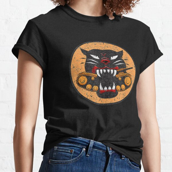 WW2 Tank Destroyer Division Panther Patch Distressed   Classic T-Shirt