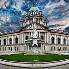Belfast City Hall by Chris Cardwell
