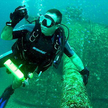 under water  by patricemassa