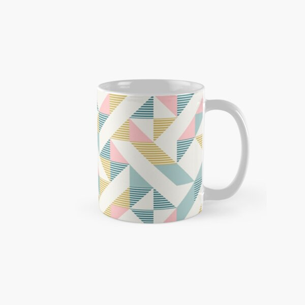 RETRO geometry 10 Classic Mug