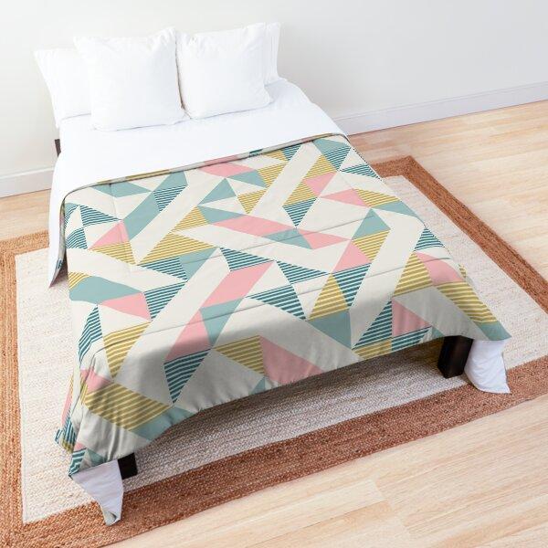 RETRO geometry 10 Comforter