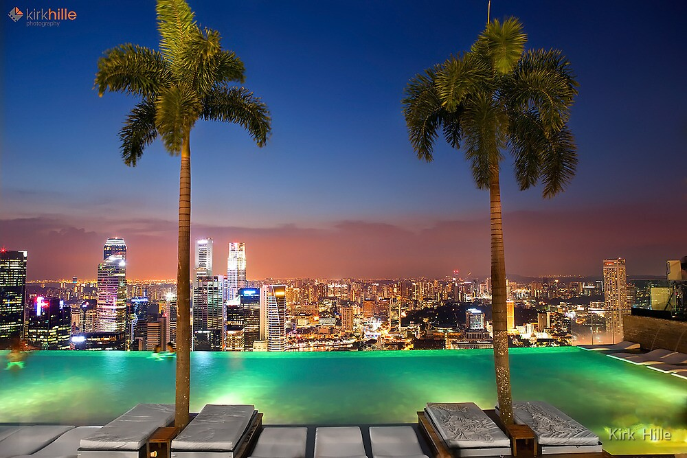 infinity pool night. Marina Bay Sands Infinity Pool Night