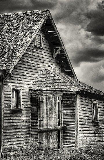 Farmhouse by Keri Harrish