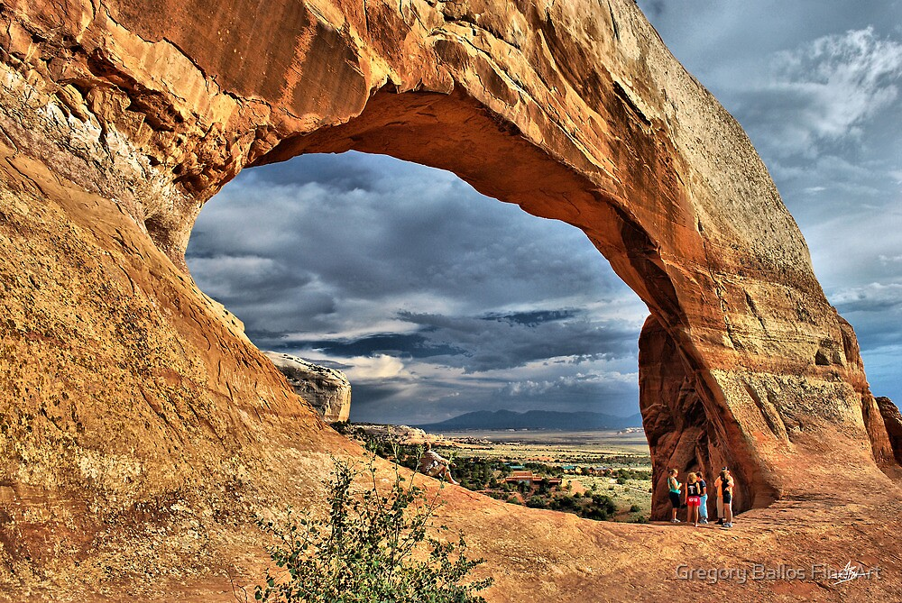 Wilson Arch by Gregory Ballos