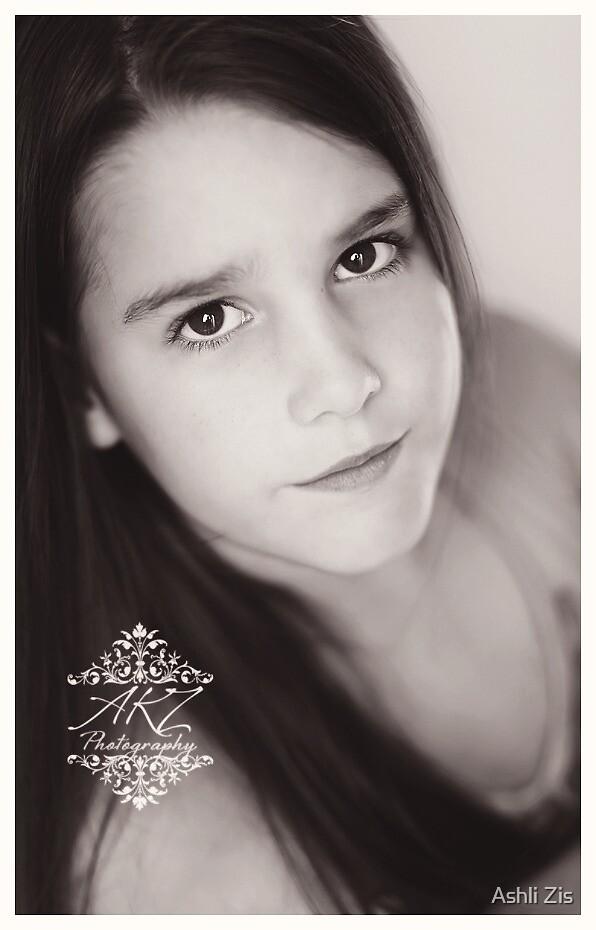 Miss Samantha by Ashli Zis