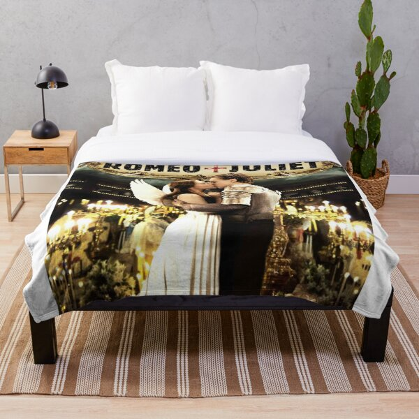 Romeo and Juliet Throw Blanket