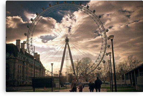 london eye by Adam Glen